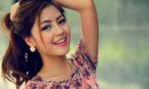 Phu-nu-sinh-thang-nao-xinh-dep-goi-cam-nhat-_723