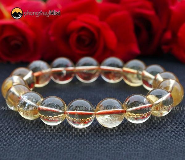 Vòng tay đá phong thủy Thạch anh vàng tinh khiết