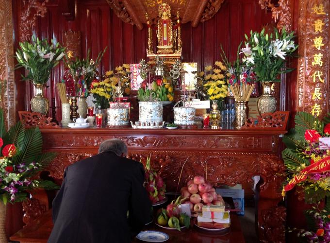 Bài văn khấn bốc bát hương thổ công theo chuẩn phong tục Việt