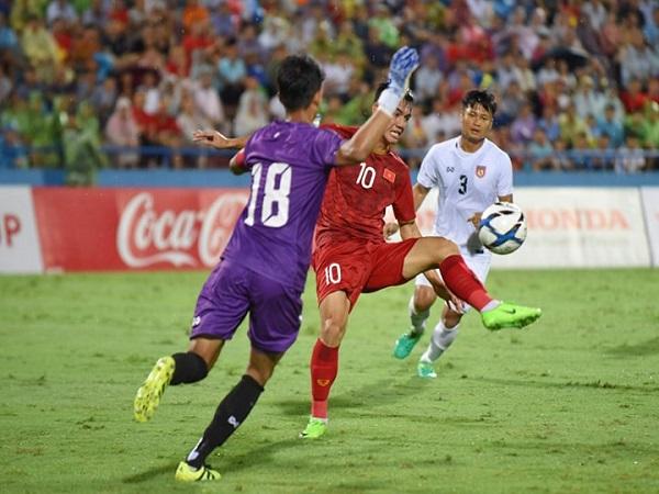 Tiến Linh giải tỏa cơn khát bàn thắng cho ĐT Việt Nam