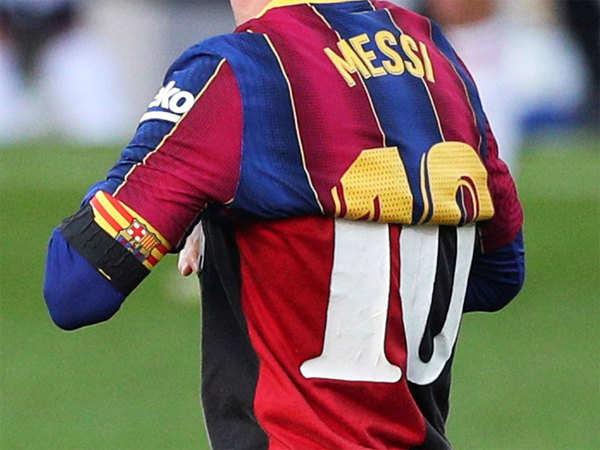 Tin thể thao tối 30/11: Messi tri ân Maradona